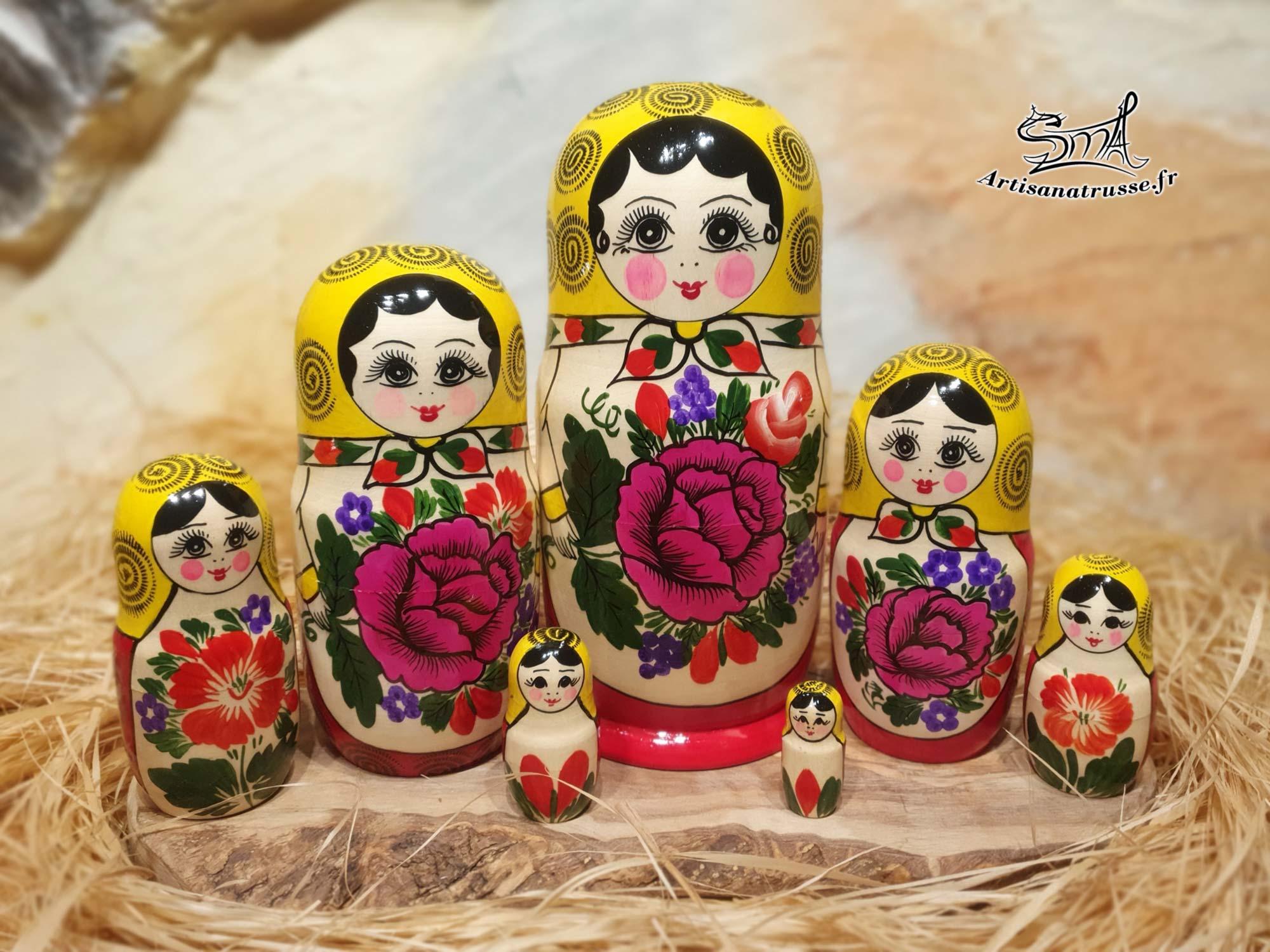 poupée russe classique