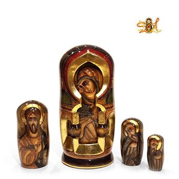 matriochka poupee russe religieuse